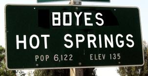 Boyes Hot Springs sign.