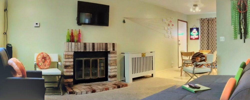 Livingroom from entrance